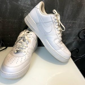 Nike AF1 white on White Gym Shoes Sneakers 8 1/2